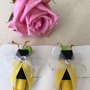 Cute Girl bee 🐝 pins